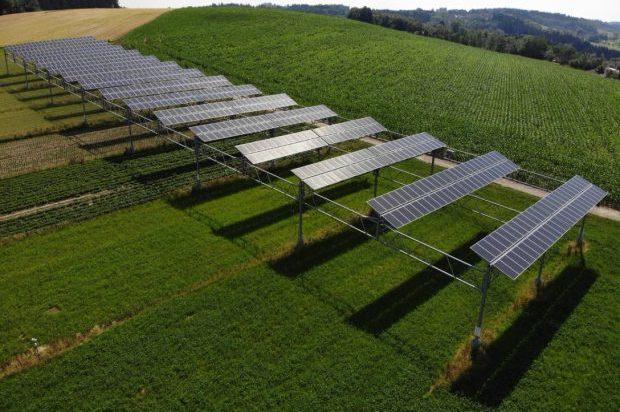 Agroinnovaciones en energía solar: Paneles solares flotantes & Agrofotovoltaico