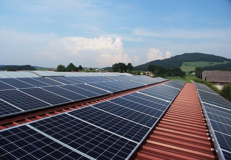 Energía fotovoltaica en Futrono para 140 familias vulnerables de la zona